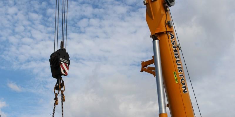 4 Crane lift Pindan Switch Rooms 121