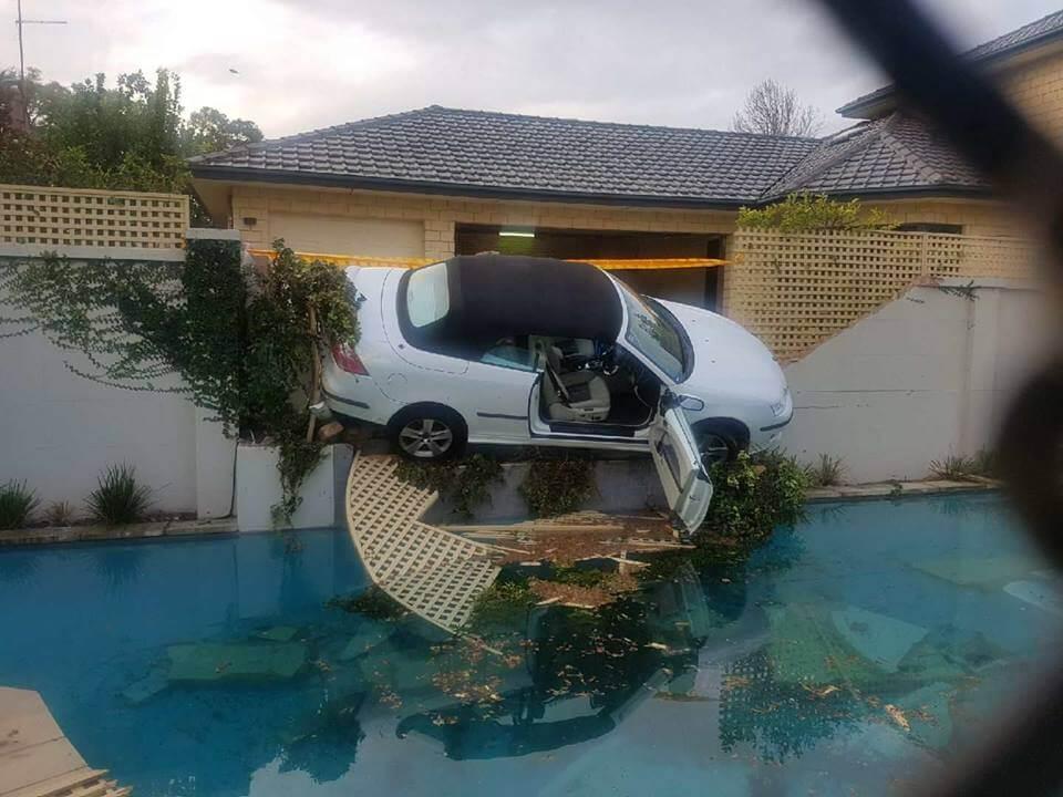 Emergency crane hire Perth
