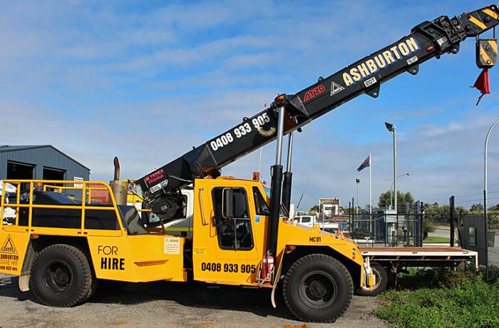 15t Crane Hire Perth